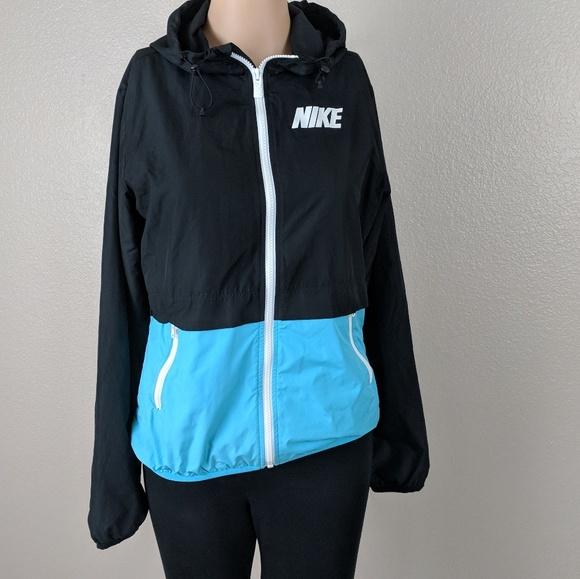 2fb8e32031 Nike windbreaker jacket coat small Black Blue. M 5ae5d9923afbbd5d68d4fed9